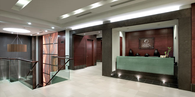 Mississauga Executive Rentals Grand Ovation Lobby