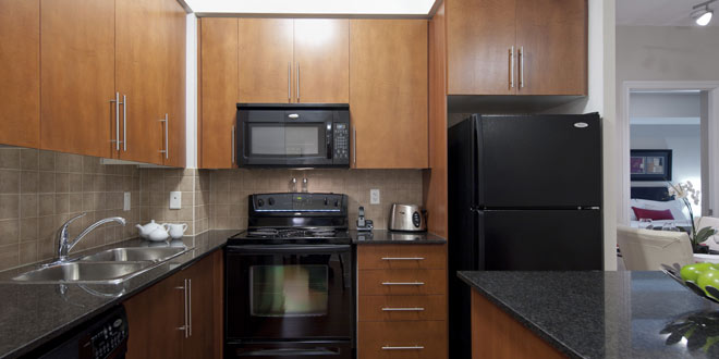 Mississauga Short Term Rental Grand Ovation Kitchen