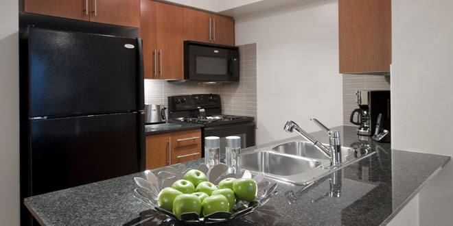 Etobicoke Executive Rentals Nuvo Kitchen