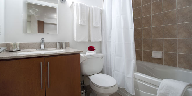 Etobicoke Executive Rentals Nuvo Bathroom