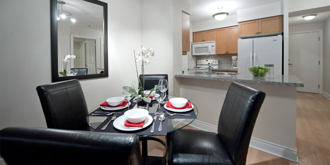 North York Furnished Apartments Meridian Dining Room