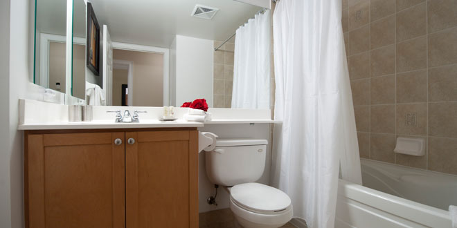 North York Condo Rentals Meridian Bathroom