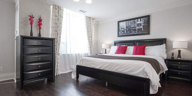 North York Short Term Apartment Rentals Meridian Townhome Master Bedroom