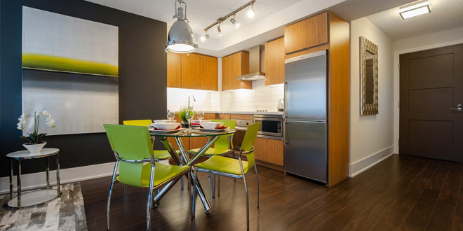Downtown Toronto Executive Rentals 300 Front Dining Room and Kitchen