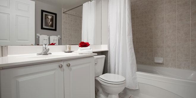 Skymark West Bathroom