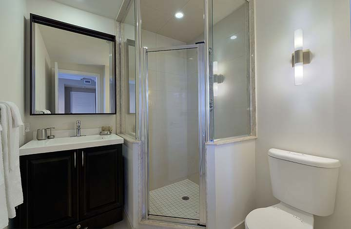 Furnished Rentals Etobicoke Parc Nuvo bathroom