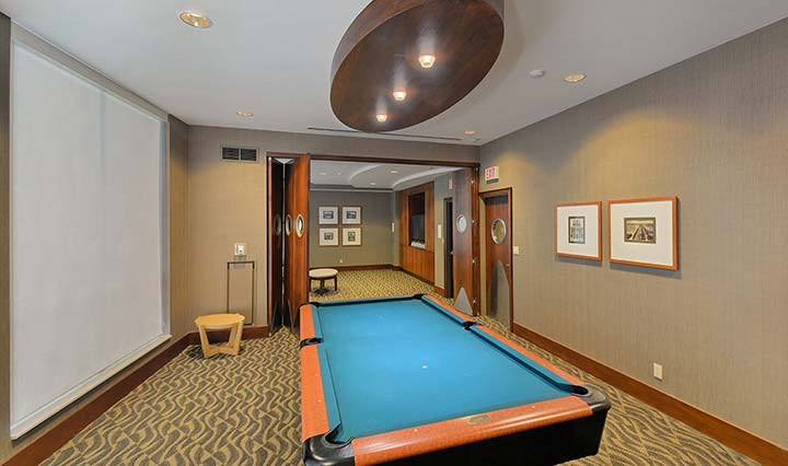 Downtown Toronto Executive Rentals Qwest Billiards Room