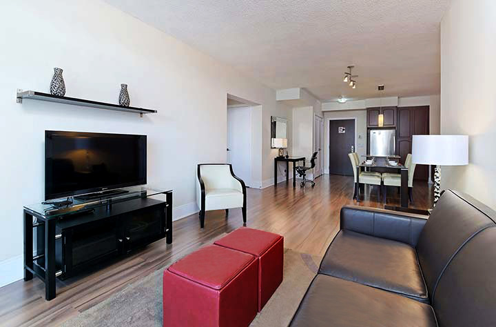 Roehampton Furnished Apartments Toronto - Living Room